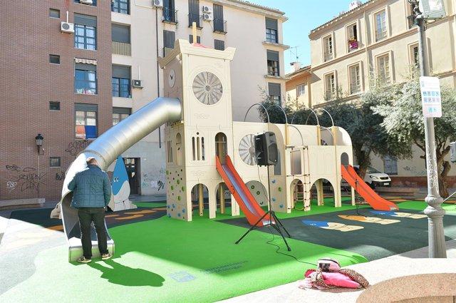 Parque de las cofradías centro histórico de Málaga apertura infantil niños