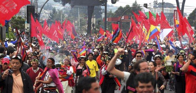 Foto de archivo de una protesta indígena contra un proyecto de minería.