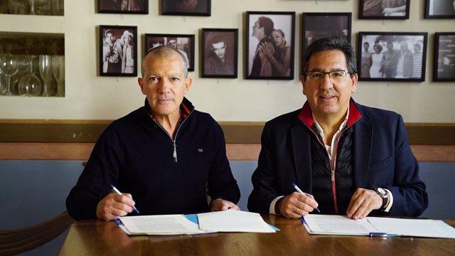 Convenio entre las fundaciones Cajasol y Lágrimas y Favores