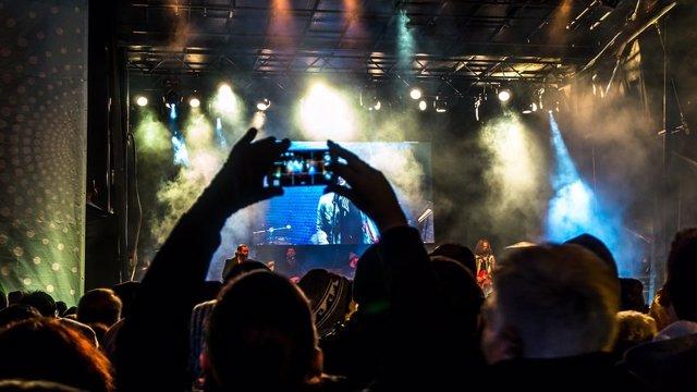 Apps aplicaciones smartphone móvil festival de música