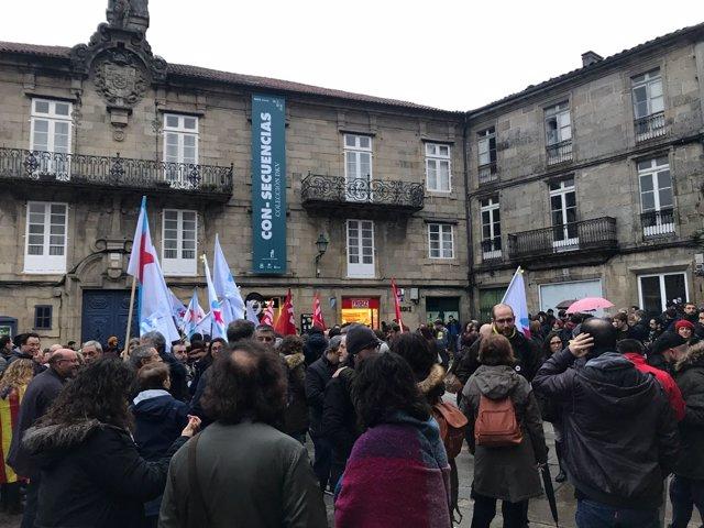 Concentración en Santiago en solidaridad con Cataluña