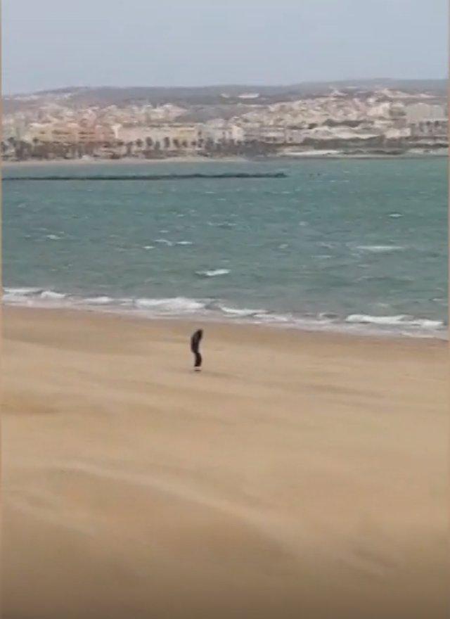 Agente insulta a un hombre en Melilla