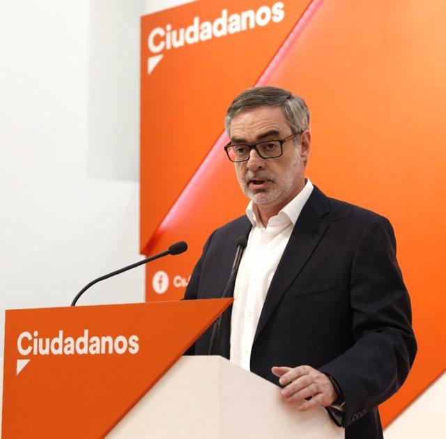 Rueda de prensa del secretario general de Cs, José Manuel Villegas