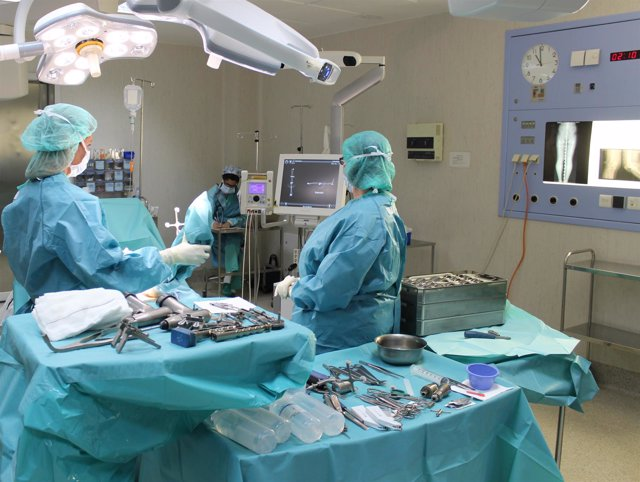 Quirófano. Operación rodilla