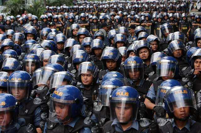 Foto de archivo de las fuerzas antidisturbios de la Policía filipina.