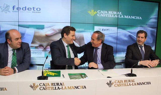 López y Nicolás renuevan el acuerdo