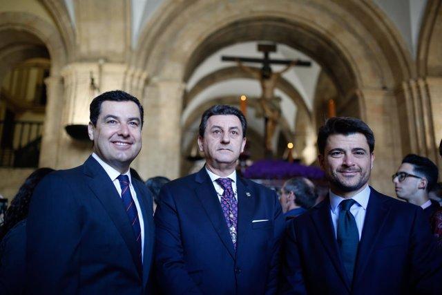 Presidente del PP-A, Juanma Moreno, visita hermandades de Semana Santa Sevilla