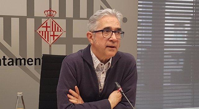El concejal de Vivienda de Barcelona, Josep Maria Montaner