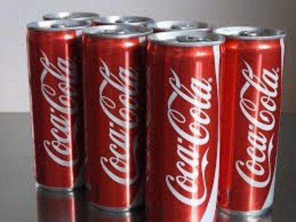 Un argentino abre una lata de Coca Cola y se encuentra una desagradable sorpresa