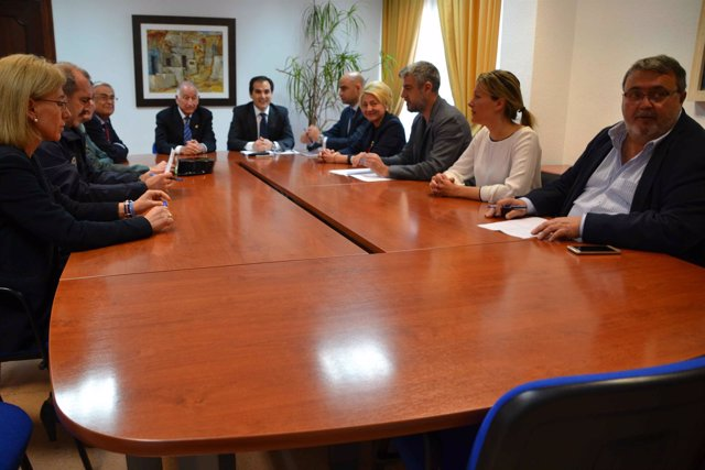 Nieto, reunido con la corporación local de Roquetas de Mar