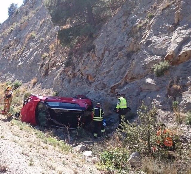 El coche con el que ha volcado del conductor rescatado en Benissa