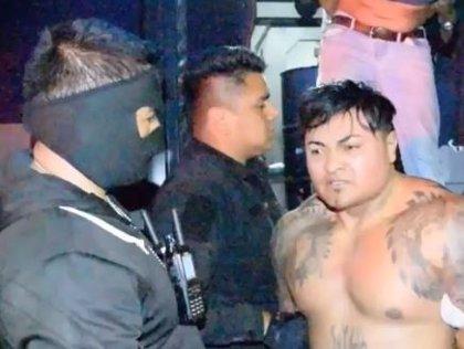 Detienen en Ciudad de México a 'El Hugo', supuesto líder de los vendedores de droga que operan en Ciudad Universitaria