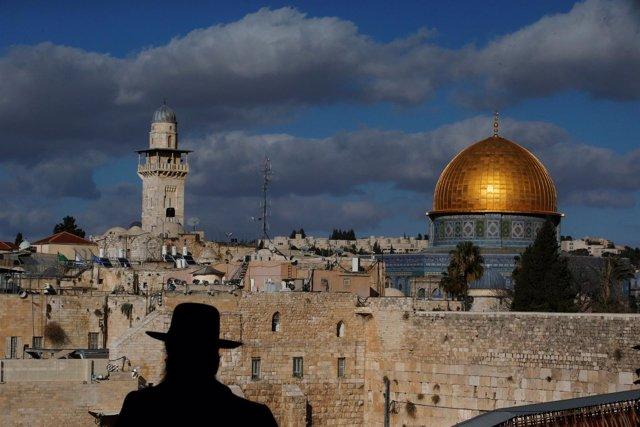 Panorámica de Jerusalén con la mezquita de la Cúpula de la Roca al fondo