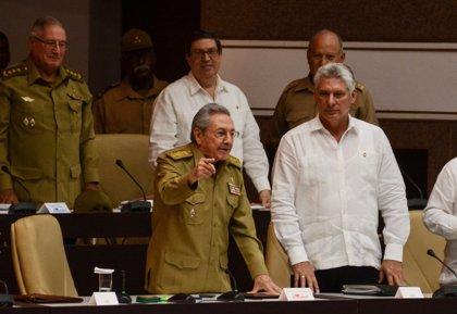 """Raúl Castro admite """"errores e insuficiencias"""" en reformas económicas"""