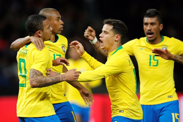 Brasil se pone seria y tumba a la campeona Alemania