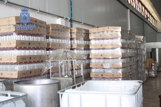 Desmantelada una destilería de alcohol ilegal dedicada a producir alcohol
