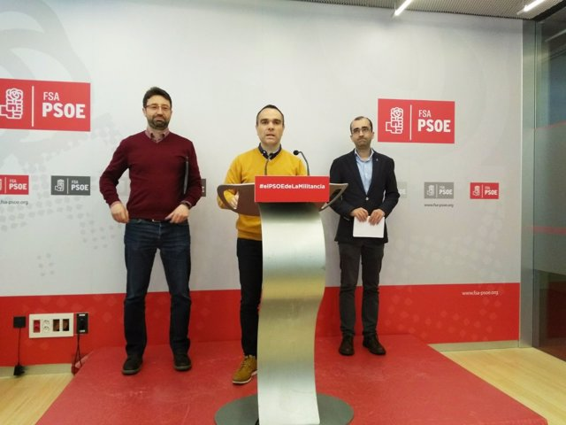 Enrique Fernández, Iván Fernández y José Víctor Rodríguez en la FSA.