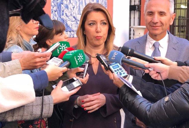 La presidenta de la Junta, Susana Díaz, este miércoles ante los periodistas
