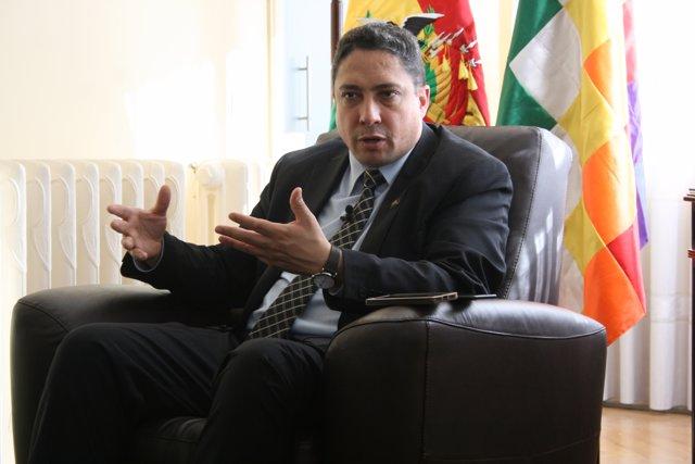 El ministro de Justicia de Bolivia, Héctor Arce