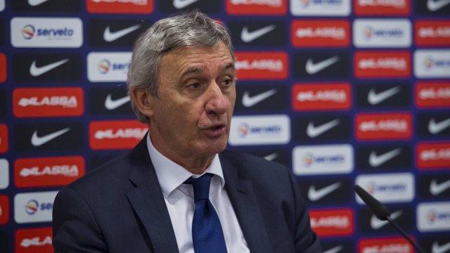 Pesic, entrenador del Barcelona