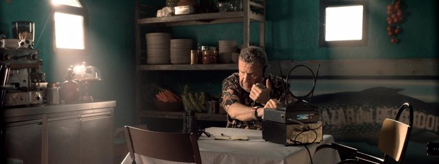 Alberto Chicote protagoniza la nueva campaña de Estrella Damm