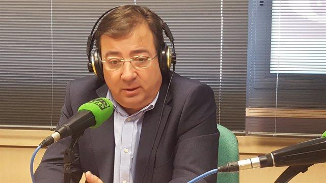 Fernández Vara en una entrevista en Onda Cero