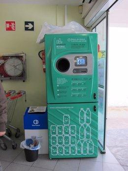 Máquina de SDDR de Retorna en Cadaqués (Gerona)
