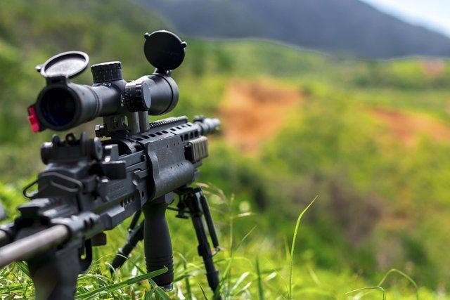 Francotirador en jungla