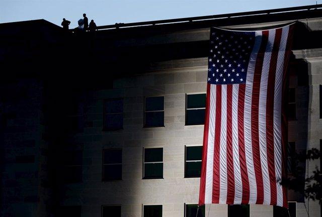 Homenaje a los caídos en el 14 aniversario del 11S