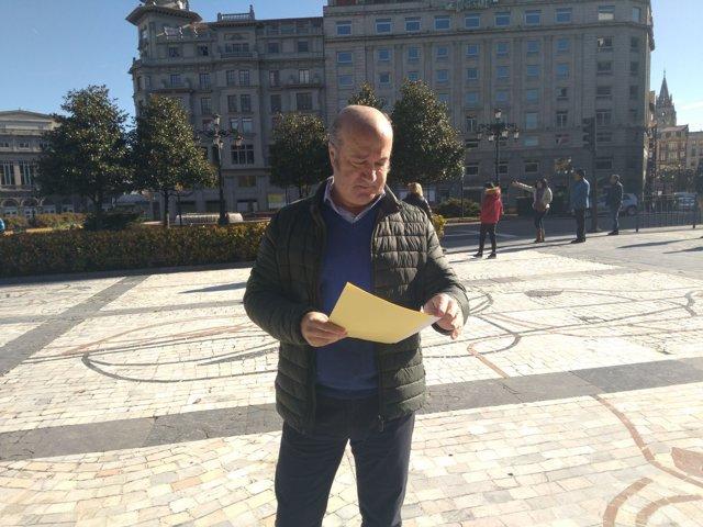 El secretario general del PP de Asturias, Luis Venta, en Oviedo