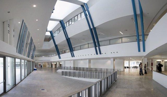 Interior de la Biblioteca General y Filmoteca de Navarra