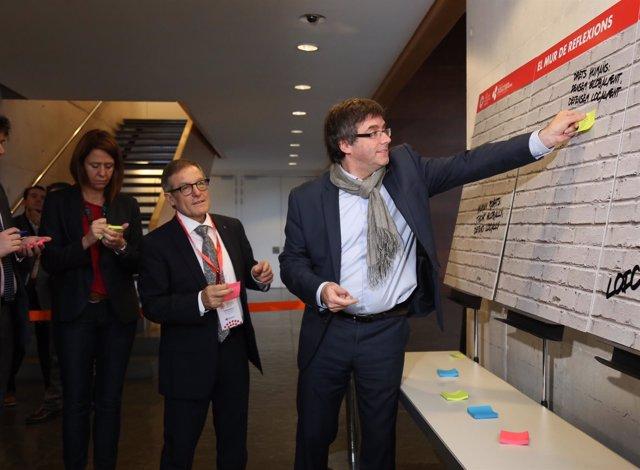 El pte.C.Puigdemont en el I Congreso de Defensores Locales.