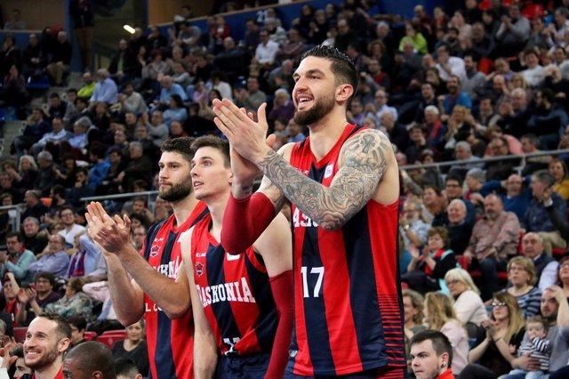 Poirier celebra la victoria del Baskonia