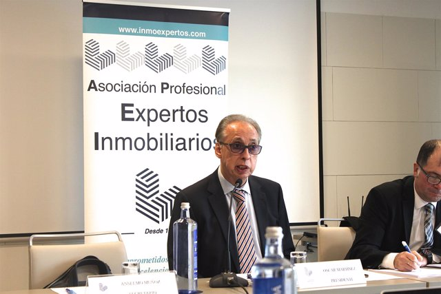 El presidente de la APEI, Óscar Martínez