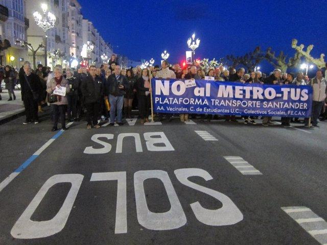 Manifestación contra el MetroTUS