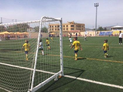 Un total de 300 niños de la provincia de Granada participan este sábado en la IV Huétor Tájar Cup