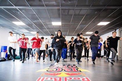 El campamento de baile urbano y break 'Red Bull BC One Camp' muestra shows de profesionales de todo el mundo