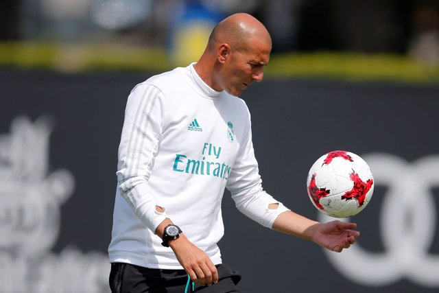 Zidane en el entrenamiento del Real Madrid
