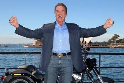 """Arnold Schwarzenegger, """"estable"""" tras someterse a una operación de corazón"""
