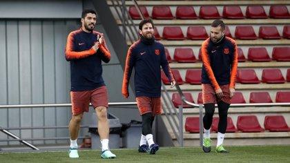 Messi entra en la lista de Valverde para Sevilla