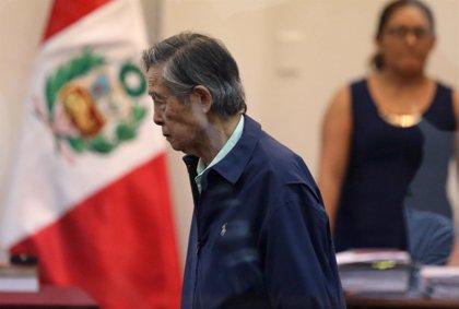 El expresidente peruano Fujimori recibe el alta médica tras su estancia en una clínica de Lima