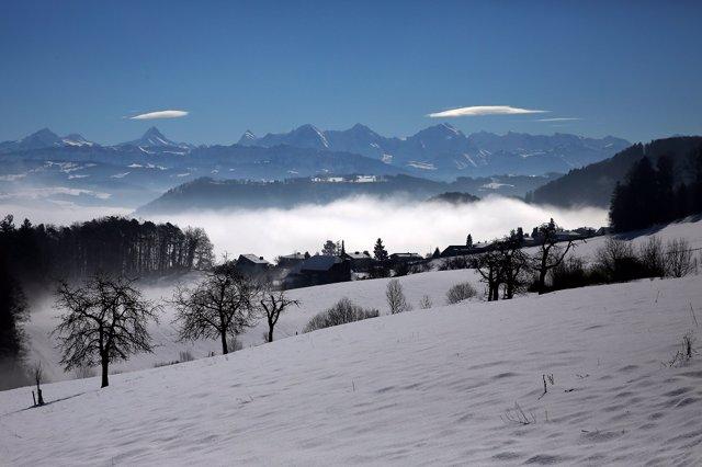 Imagen de archivo de los Alpes suizos