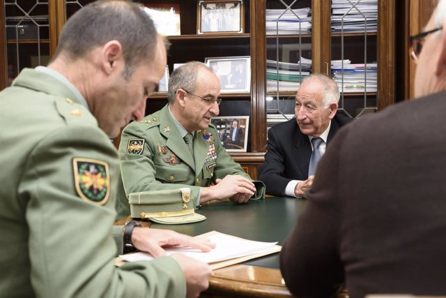 Firma de convenio de colaboración entre Diputación de Almería y Fuerzas Armadas