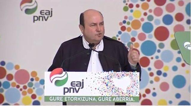 Andoni Ortuzar en el Aberri Eguna de 2018, en Bilbao