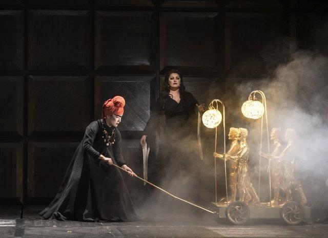 MACBETH DRESS REHEARSAL_ ROH Covent Garden,Macbeth; Zeljko Lucic,Lady Macbeth