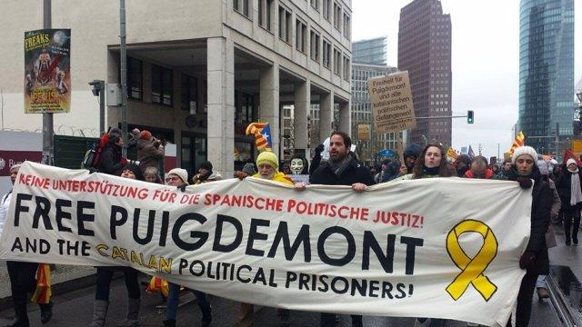 Manifestación en Berlín para reclamar la liberación de Puigdemont