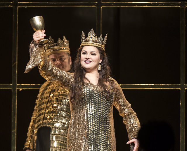 Anna Netrebko, como Lady Macbeth