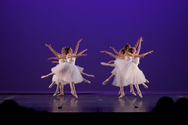 Alumnos del Conservatorio Municipal Profesional de Danza