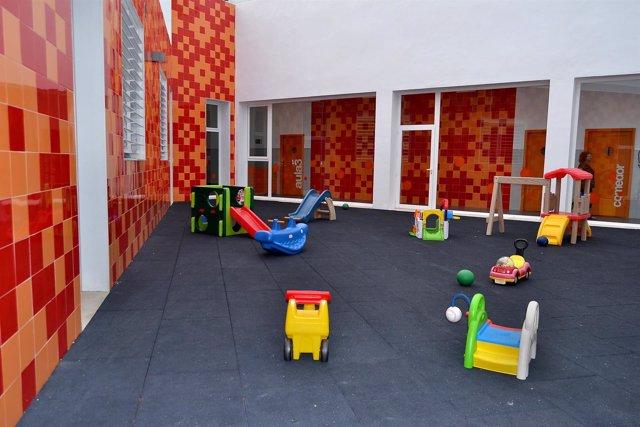 Escuela infantil estepona Guardería sin niños instalaciones educación
