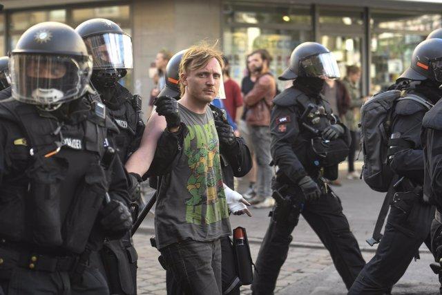 Foto de archivo de disturbios policiales en Alemania.